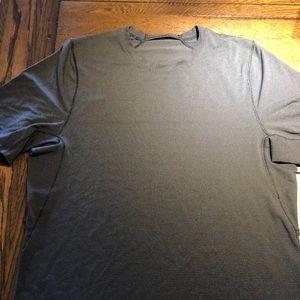Lululemon short sleeve Size S
